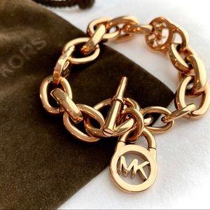 NEW! MICHAEL KORS Logo Link Bracelet- Bag Included